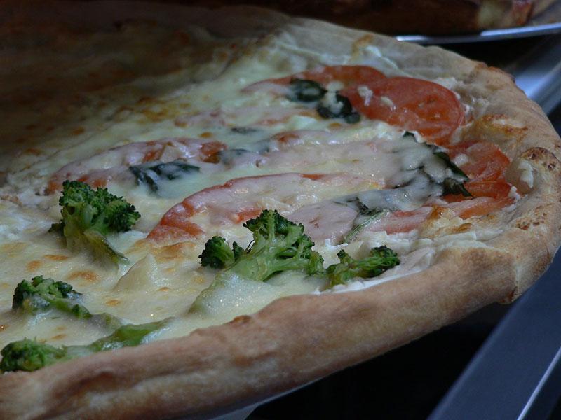 White Veggie Pizza