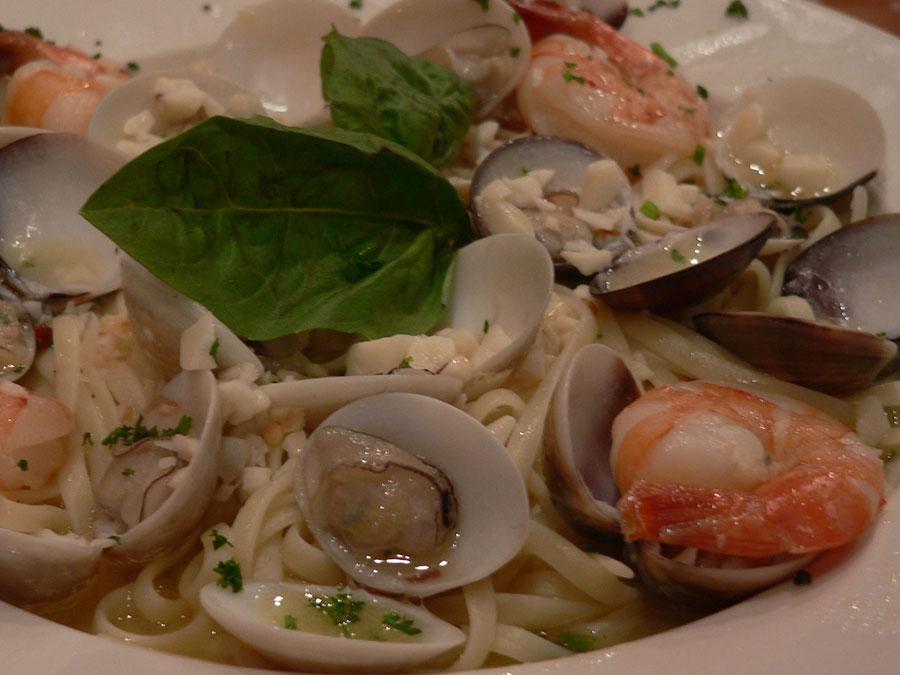 Zuppa di Clams and Shrimp